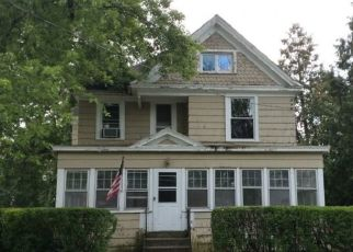 Pre Foreclosure in Canastota 13032 JAMES ST - Property ID: 1397182321