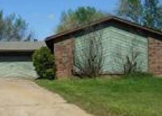 Pre Foreclosure in Sapulpa 74066 SHADOW CIR - Property ID: 1397325992