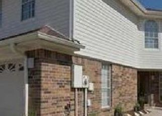 Pre Foreclosure in Beaumont 77706 GREEN MEADOW ST - Property ID: 1397357962
