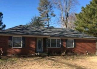 Pre Foreclosure in Tullahoma 37388 STONE BLVD - Property ID: 1397405694