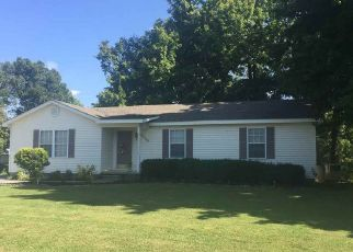 Pre Foreclosure in Newbern 38059 MILLSFIELD HWY - Property ID: 1397471833