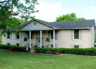 Pre Foreclosure in Cookeville 38506 CLOVERDALE DR - Property ID: 1397523502