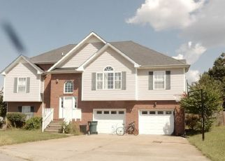 Pre Foreclosure in Clarksville 37043 CLOVER HILLS CT - Property ID: 1397540588