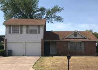 Pre Foreclosure in Fort Worth 76119 CENTENNIAL RD - Property ID: 1397591386