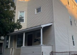 Pre Foreclosure in Malden 02148 MAGNOLIA ST - Property ID: 1397664984
