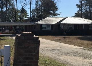 Pre Foreclosure in Florence 29506 CAMP WIGGINS RD - Property ID: 1397745560