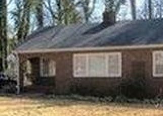 Pre Foreclosure in Greenville 29617 MCMAKIN DR - Property ID: 1397769199