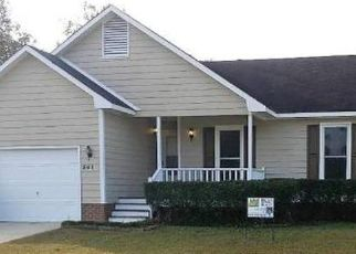 Pre Foreclosure in Fayetteville 28314 JENNINGS FARM RD - Property ID: 1397829650