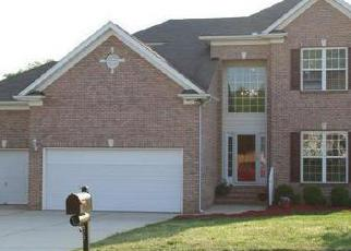 Pre Foreclosure in Charlotte 28269 CAMBRIDGE BAY DR - Property ID: 1397835336