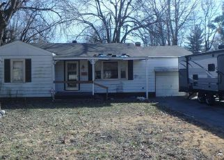 Pre Foreclosure in East Saint Louis 62206 OTTO ST - Property ID: 1398206295