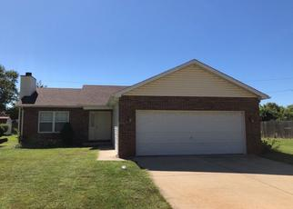 Pre Foreclosure in Granite City 62040 WHITSELL WAY - Property ID: 1398225577