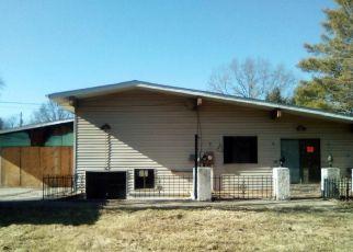Pre Foreclosure in Belleville 62226 BOBBIE DR - Property ID: 1398252738