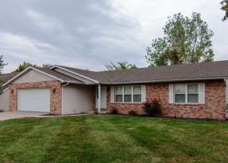 Pre Foreclosure in Belleville 62220 THREE WOOD DR - Property ID: 1398264108