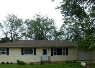 Pre Foreclosure in Caseyville 62232 OAK DR - Property ID: 1398293462