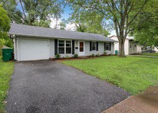 Pre Foreclosure in O Fallon 62269 W MADISON ST - Property ID: 1398294782