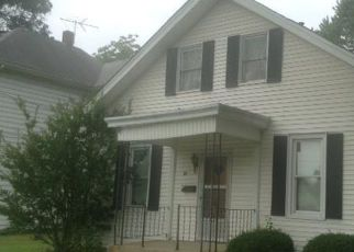 Pre Foreclosure in Freeburg 62243 S STATE ST - Property ID: 1398309669