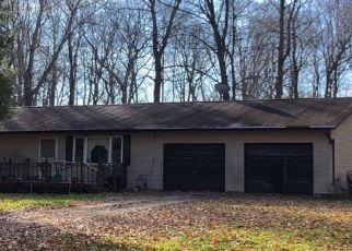 Pre Foreclosure in Spencer 47460 CEDAR LN - Property ID: 1398416533