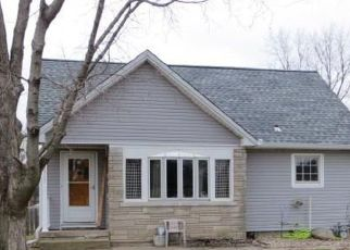 Pre Foreclosure in Hanna City 61536 W FARMINGTON RD - Property ID: 1398436688