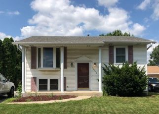 Pre Foreclosure in Tinley Park 60487 HOBART AVE - Property ID: 1398634196