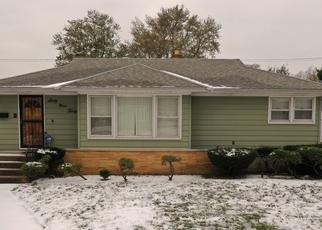 Pre Foreclosure in Hammond 46324 RIDGELAND AVE - Property ID: 1398654348