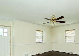 Pre Foreclosure in Brandywine 20613 CRAIN HWY - Property ID: 1398743704