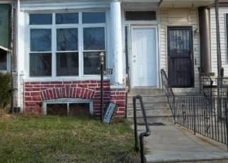 Pre Foreclosure in Philadelphia 19141 N 15TH ST - Property ID: 1398985460