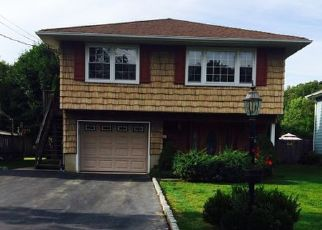 Pre Foreclosure in Pompton Lakes 07442 DURHAM ST - Property ID: 1399278914