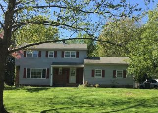 Pre Foreclosure in Holmdel 07733 WILDHEDGE LN - Property ID: 1399319185