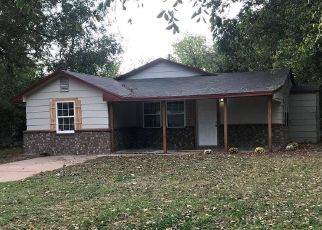 Pre Foreclosure in Noble 73068 S 6TH ST - Property ID: 1399513663