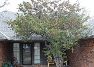 Pre Foreclosure in Oklahoma City 73162 OLDE HARWICK CIR - Property ID: 1399528998