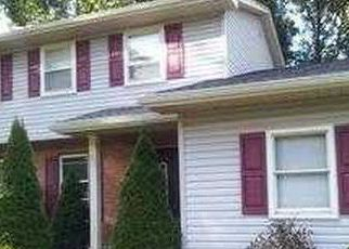 Pre Foreclosure in Youngstown 44512 SQUIRREL HILL DR - Property ID: 1399582867