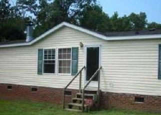 Pre Foreclosure in Warrenton 27589 SHOCCO SPRINGS RD - Property ID: 1399957766