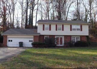 Pre Foreclosure in Greensboro 27410 ARROWHEAD DR - Property ID: 1399961258