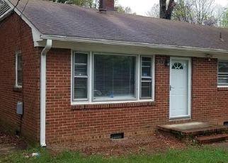 Pre Foreclosure in Greensboro 27403 W FLORIDA ST - Property ID: 1400010763