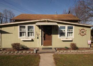 Pre Foreclosure in Hilton 14468 NORTH AVE - Property ID: 1400190322