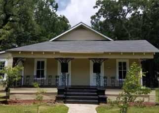 Pre Foreclosure in Bay Minette 36507 W 5TH ST - Property ID: 1400579242