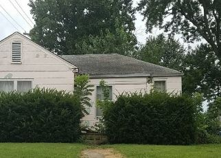 Pre Foreclosure in Lebanon 65536 BEVERLY DR - Property ID: 1400588892
