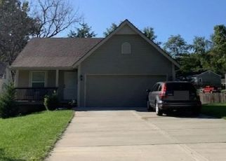 Pre Foreclosure in Liberty 64068 THORNTON ST - Property ID: 1400596323