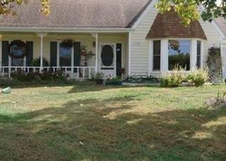 Pre Foreclosure in Holden 64040 E 17TH ST - Property ID: 1400604654