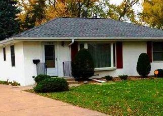 Pre Foreclosure in Minneapolis 55423 CLINTON AVE - Property ID: 1400674730