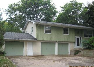 Pre Foreclosure in Saint Paul 55118 OAKDALE AVE - Property ID: 1400754886