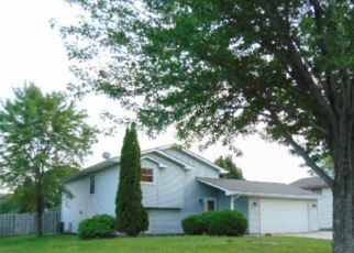 Pre Foreclosure in Minneapolis 55444 94TH WAY - Property ID: 1400756181
