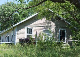 Pre Foreclosure in Hamel 55340 HORSESHOE TRL - Property ID: 1400757501