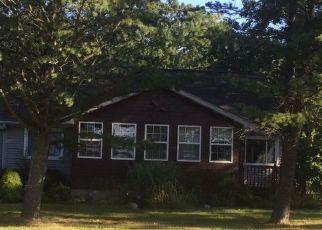 Pre Foreclosure in Flint 48504 OLEKSYN RD - Property ID: 1400849925