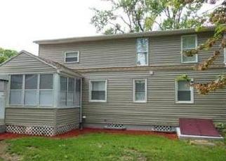 Pre Foreclosure in Springfield 01119 BURNS AVE - Property ID: 1401048314