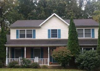 Pre Foreclosure in Mountain Top 18707 HEMLOCK TER - Property ID: 1401171838