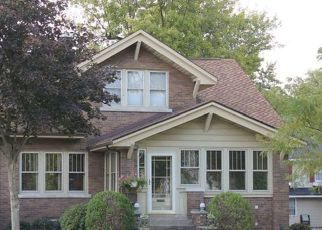 Pre Foreclosure in Lansing 60438 RIDGE RD - Property ID: 1401422794