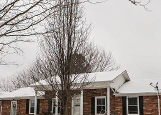 Pre Foreclosure in Elizabethtown 42701 RED MILL RD - Property ID: 1401566887