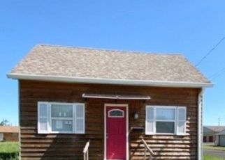 Pre Foreclosure in Shelbyville 46176 E LOCUST ST - Property ID: 1401707921