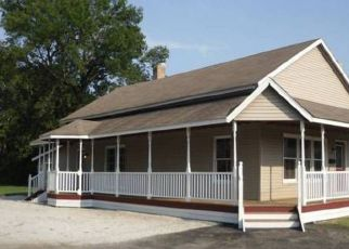 Pre Foreclosure in Shelbyville 46176 S HARRISON ST - Property ID: 1401713152
